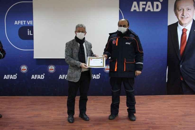 İzmir depreminde canlar kurtaran ekiplere teşekkür belgesi