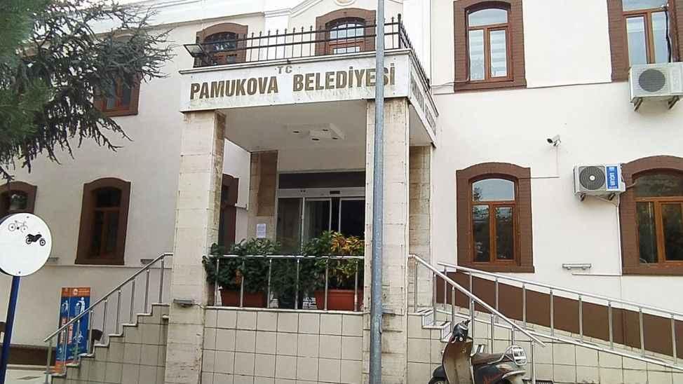 Pamukova Belediyesi miras yiyen evlat gibi!
