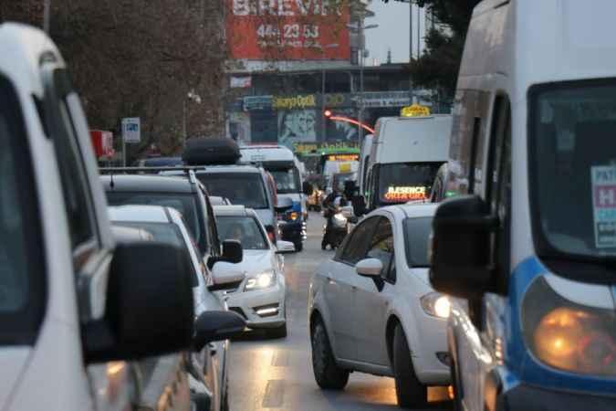 Kısıtlama öncesi trafik yoğunluğu
