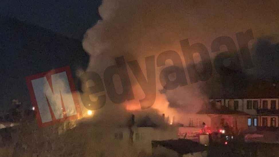 Taraklı'da yangın paniği! Dumanlar tüm ilçeden görüldü
