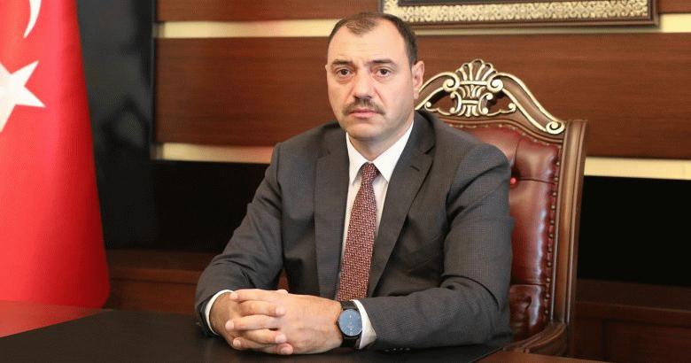 Vali Çetin Oktay Kaldırım'ın yeni yıl kutlama mesajı