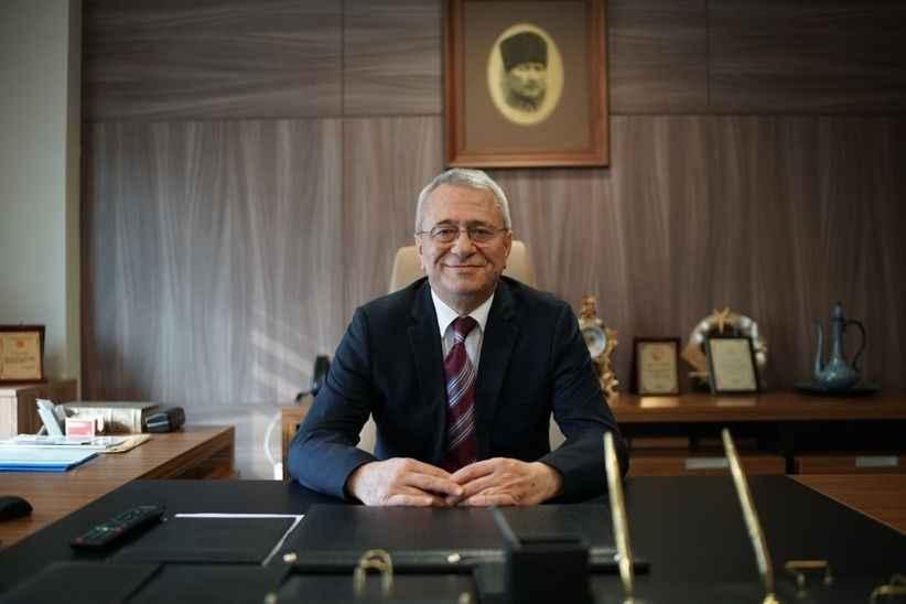 Op. Dr. Kamil Köse: 'Yeni yıl sağlık ve huzurla geçsin'