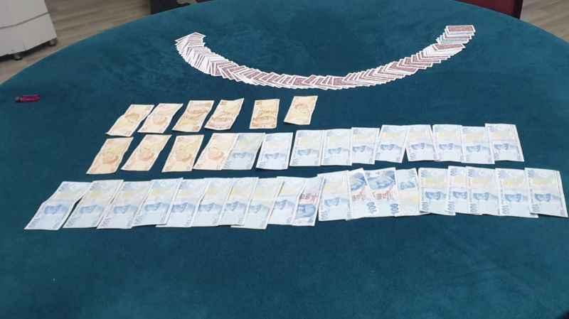 Kocaeli'de bir işletmede kumar oynatan ve oynayan 13 kişiye ceza