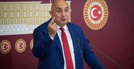 """Engin Özkoç """"Türkiye'de beyin göçü sürüyor"""""""