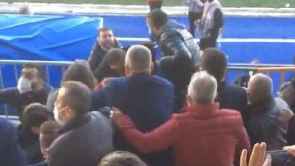 Sakaryaspor'a saldırıya sessiz kalmadılar!