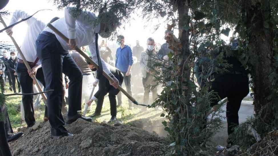 Kovid-19 nedeniyle vefat eden Ahmet Özbudak toprağa verildi