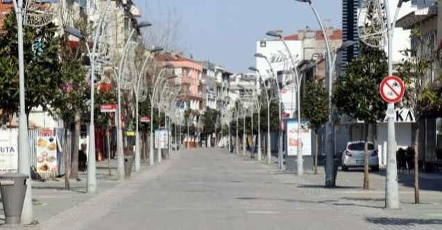Cadde ve sokaklarda sessizlik hakim