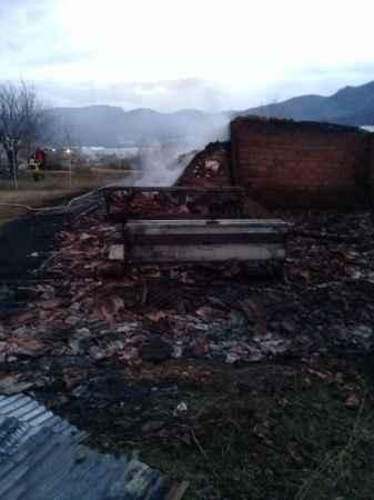 Bilecik'te ahır yangınında 56 adet küçükbaş hayvan yanarak telef oldu