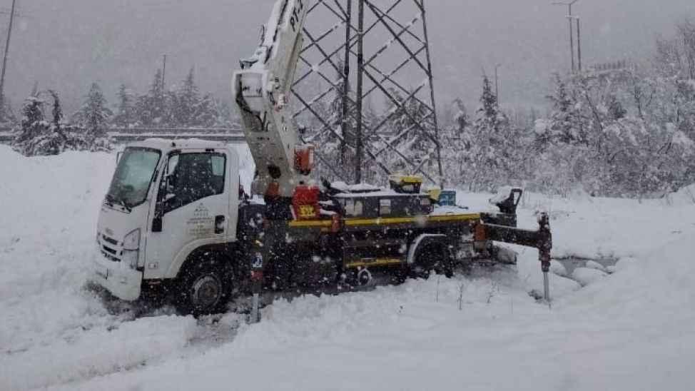 Kar geliyor, elektrikler kesilecek mi? SEDAŞ tüm ekipleri ile hazır