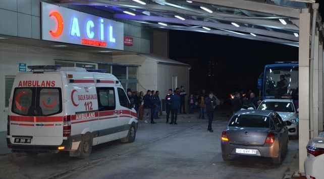 Bursa'da bıçakla kendine zarar veren adam hastaneye kaldırıldı