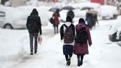 Sakarya'da kar nedeniyle yüz yüze eğitim 1 gün ertelendi