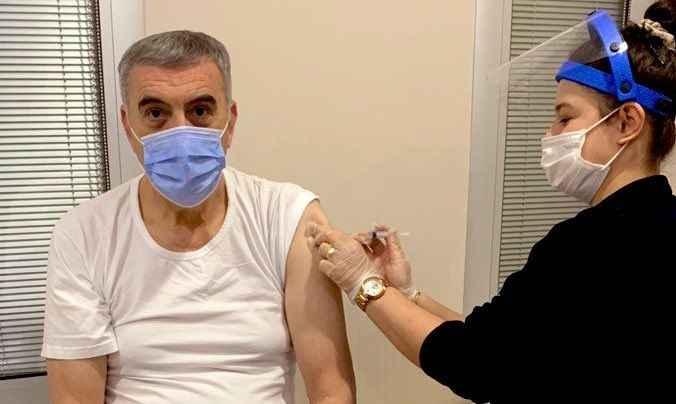 Zeki Toçoğlu koronavirüs aşısı oldu