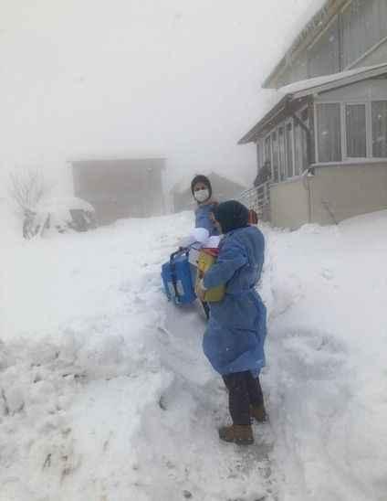 Yoğun kar yağışı onları engelleyemedi