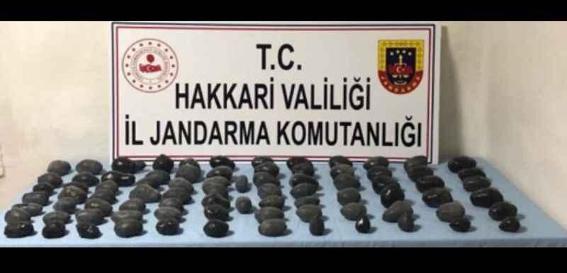 Hakkari'de, 2 operasyonda 23 kilo eroin ele geçirildi