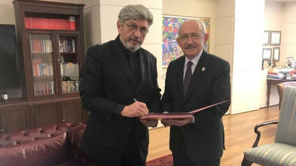 Cihangir İslam CHP'ye katıldı! Kılıçdaroğlu rozet taktı
