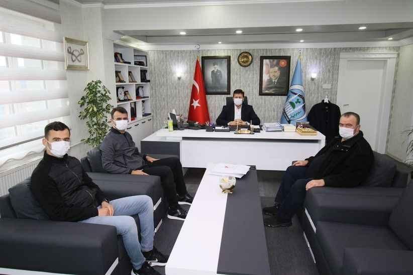 Karaoğlan ve Gümüşdere'den başkan Soykan'a milli forma