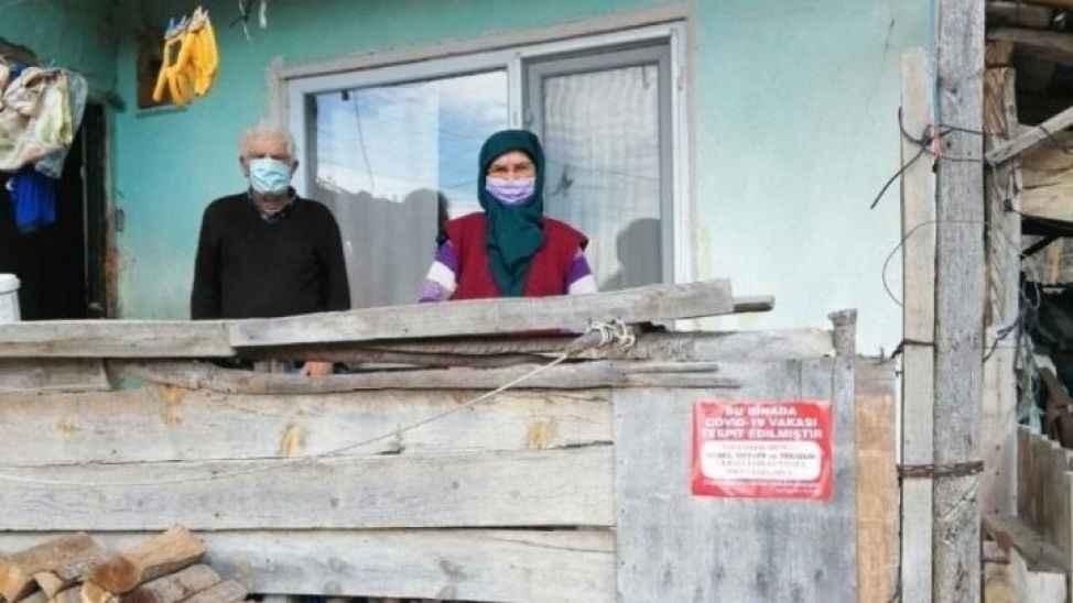 Geyve'de 5 ev daha karantinaya alındı