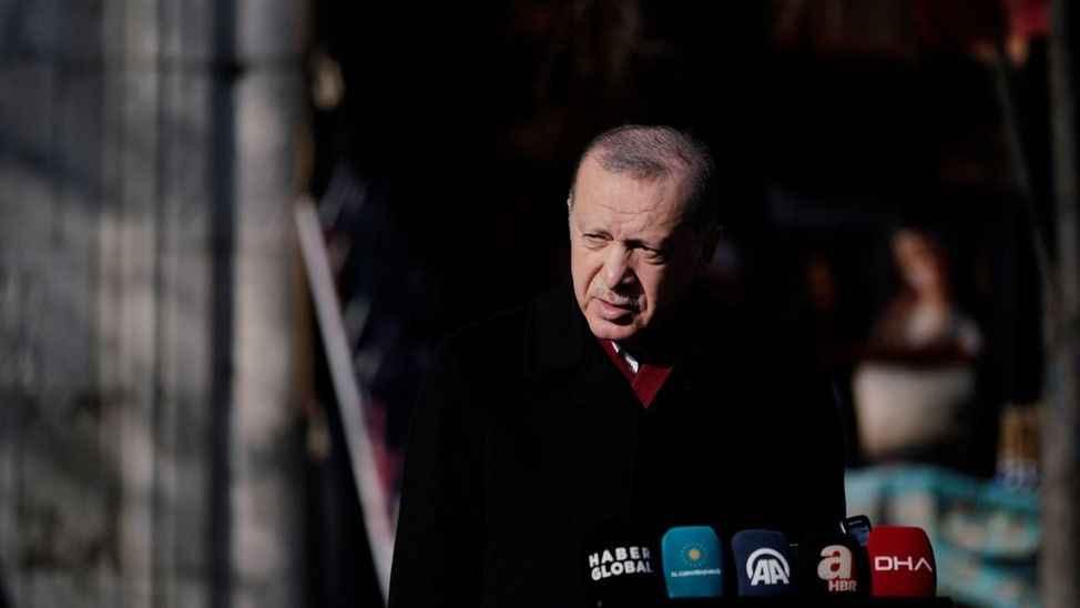 """Erdoğan'dan """"İllerde yeniden kapanma olacak mı?"""" sorusuna yanıt: Aldığımız kararın arkasında durmayı zorlayacağız"""