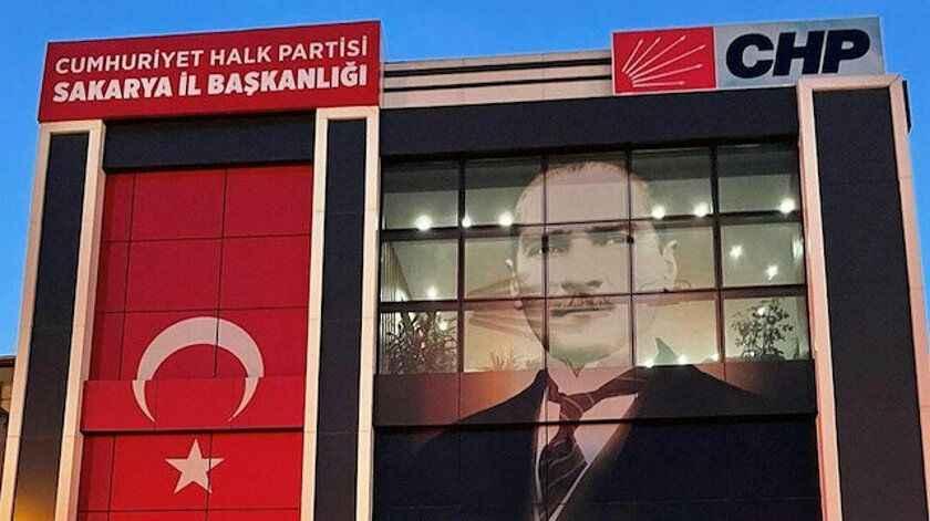 CHP'li Keleş, parti içi istifaları değerlendirdi ve istifa sayısını açıkladı