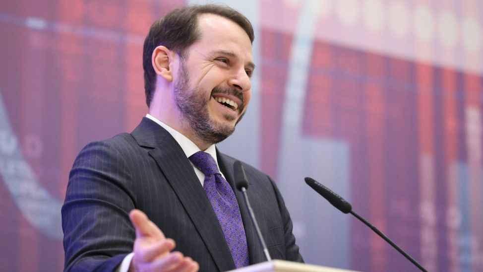 Kulis: Berat Albayrak görev alacak, Fahrettin Koca bakanlıktan azlini isteyecek