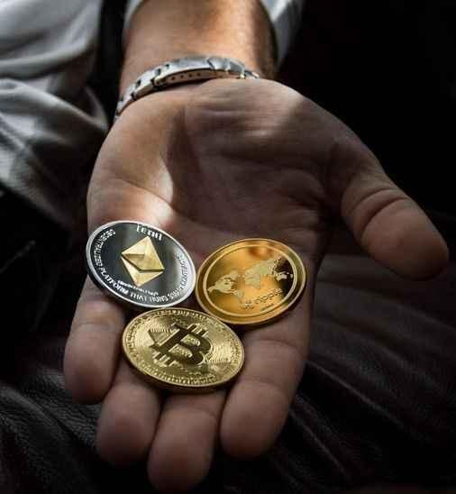 Bakan Elvan: Merkez Bankası, TL karşılığı dijital para konusunda çalışıyor