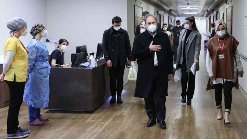 Korona virüs tedavisi gören Diyanet İşleri Başkanı Erbaş taburcu oldu