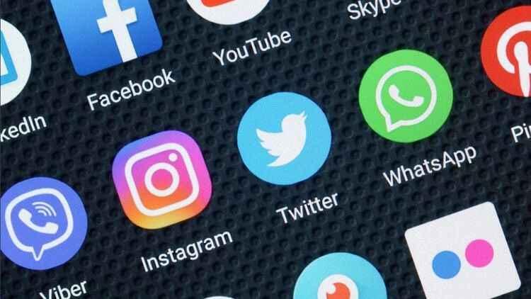 WhatsApp, Facebook ve Instagram çöktü!