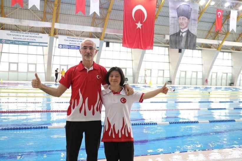 Down sendromlu milli yüzücü Fatma'nın hedefinde Avrupa şampiyonluğu var