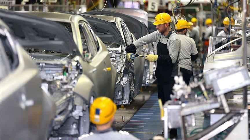Otomotiv şehri Sakarya'da iki ayda üretilen her 10 araçtan 7'si ihraç edildi