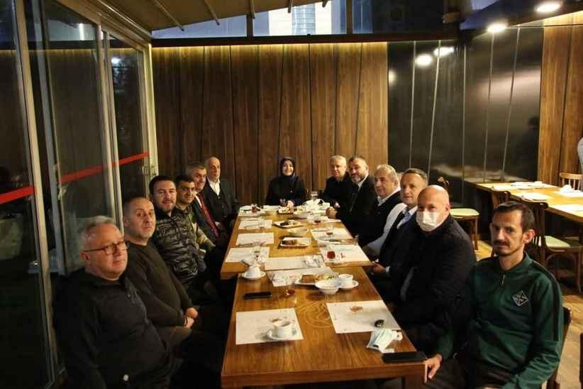 Sakaryaspor'a Ankara'da sürpriz ziyaret
