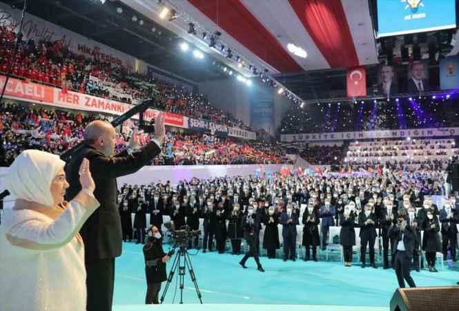 Cumhurbaşkanı Erdoğan: Türkiye'nin yeni ve sivil bir Anayasa'yı tartışması değişen şartların kaçınılmaz gereğidir
