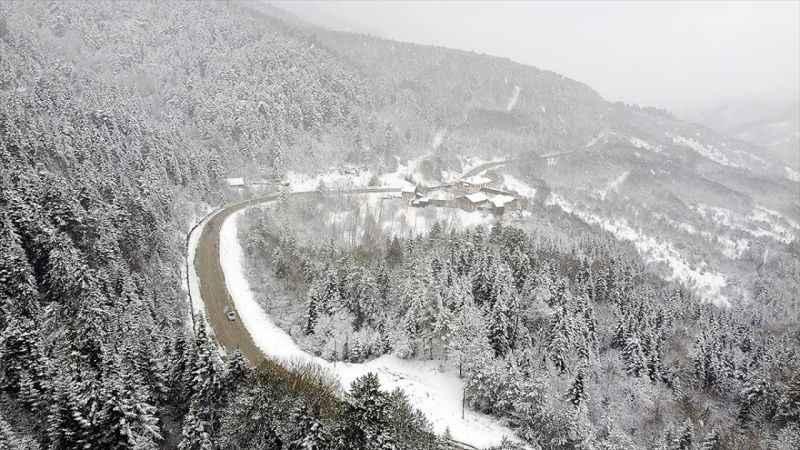 Yurt genelinde kar yağışı etkili oluyor