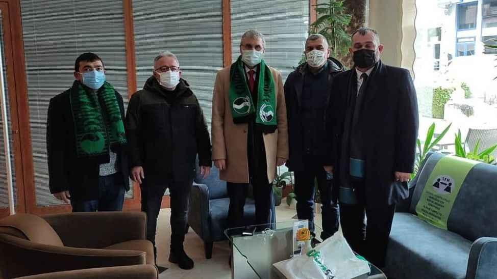 Ekrem Yüce'den Sakaryaspor'a ziyaret