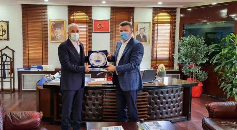 Türk-İş Genel Başkanı Atalay'dan Sapanca Belediyesi'ne ziyaret