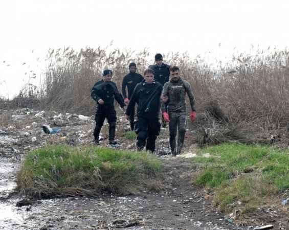 Kocaeli'de kaçak midye avcılığı yapan 4 kişi yakalandı