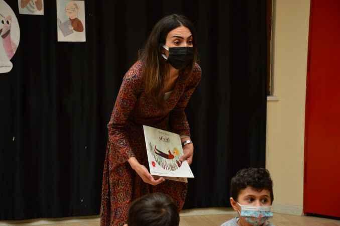 Çok sevdiği öğrencisini masal kitabının kahramanı yapan öğretmen yarışmada dereceye girdi