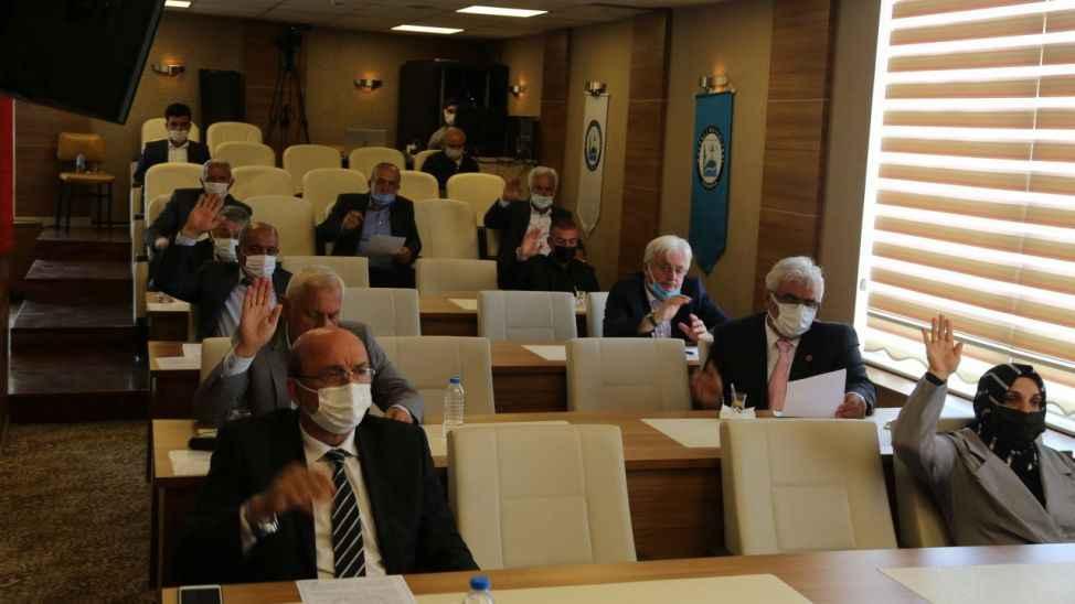 Kocaali Belediyesi meclis üyeleri, huzur haklarını Filistin'e bağışladı