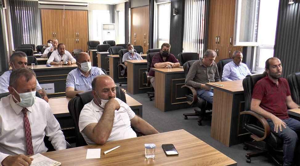 Tartışma yaratan parseller Pamukova Belediye Meclisinden!