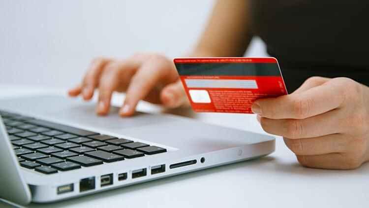 Kredi kartı borcu olanları sevindiren haber! Bankalarda yeni dönem başlıyor