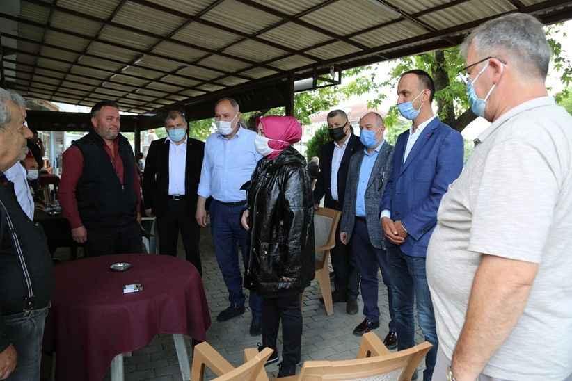 Milletvekili Atabek'ten kahvehane sohbetleri..