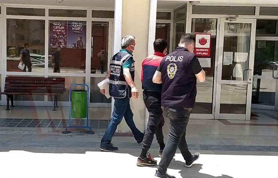 Pamukova'da 20 PlayStation çalmıştı... Tutuklandı