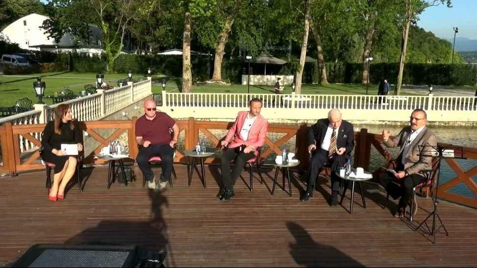 Sakaryalı şairlerle 'Şiir akşamları' TV264'de başlıyor