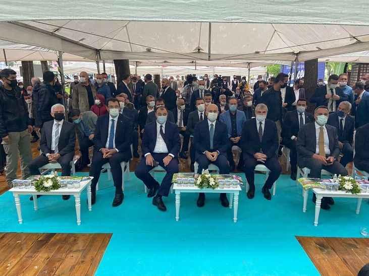 """Bakan Karaismailoğlu, """"Bahçem"""" satış merkezinin açılışını gerçekleştirdi"""