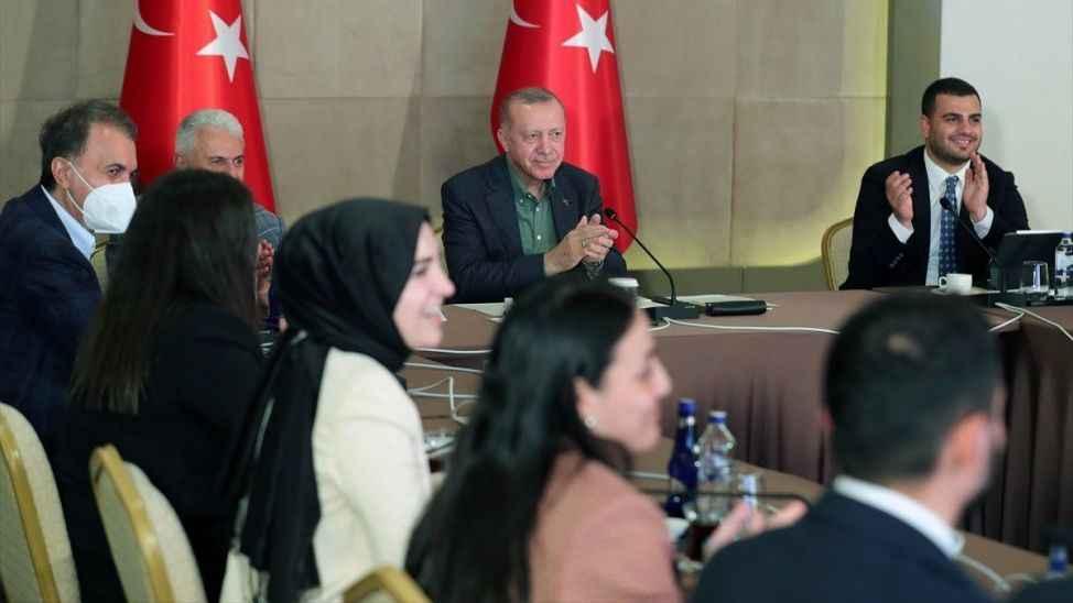Cumhurbaşkanı Erdoğan: Hedefimiz 18 yaşı aşılamak