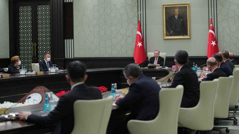 Külliye'de Kabine Toplantısı başladı