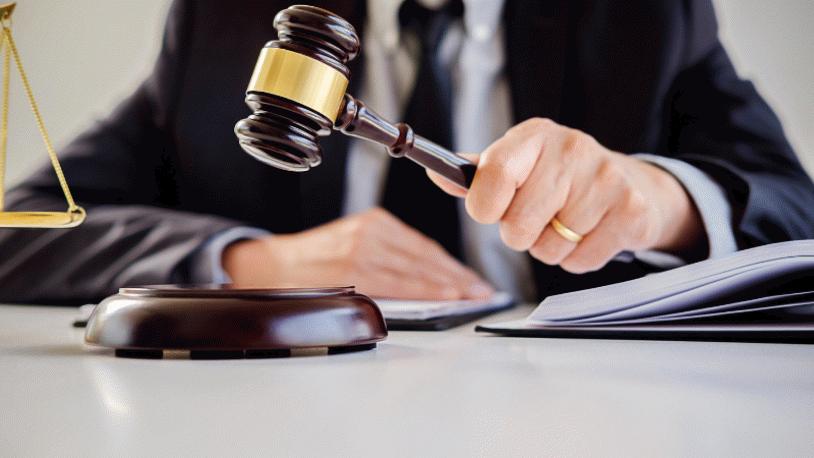 Mahkeme kredi borcuna karşı maaş kesintisini haksız buldu