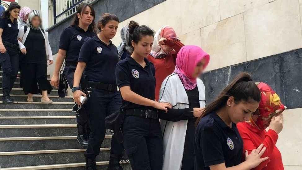 Sakarya'da 19 kadın sanıklı FETÖ/PDY davasına devam edildi