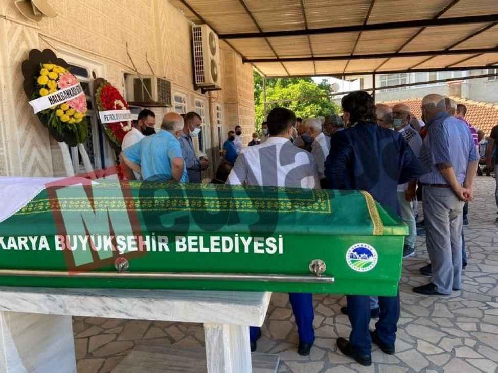 Yaşar Coşkun özel izinle annesinin cenazesine katıldı
