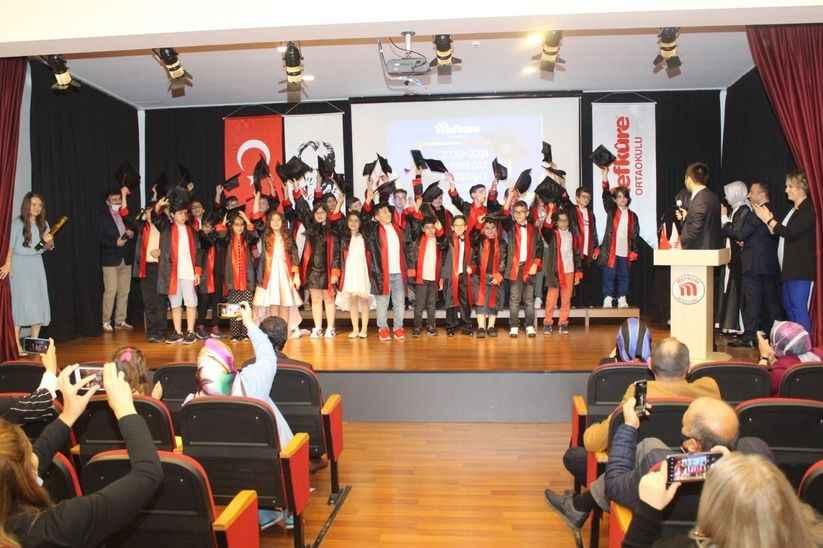Mefkûre'de mezuniyet heyecanı!
