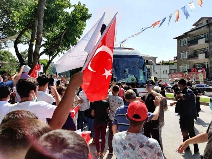 Erdoğan'a TÜGVA'lı gençlerin selamını iletti